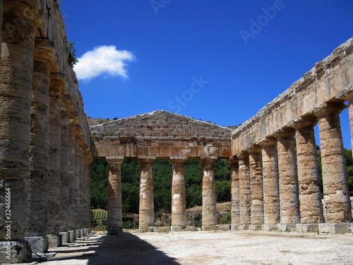 Fotografie, Obraz  Tempio Greco di Segesta - Greek temple at Segesta