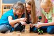 canvas print picture - Kinder spielen daheim