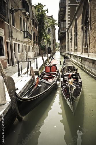 Obrazy Wenecja  weneckie-gondole