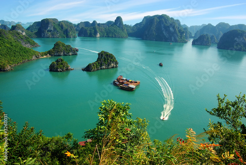 Photo  Picturesque sea landscape. Ha Long Bay,  Vietnam