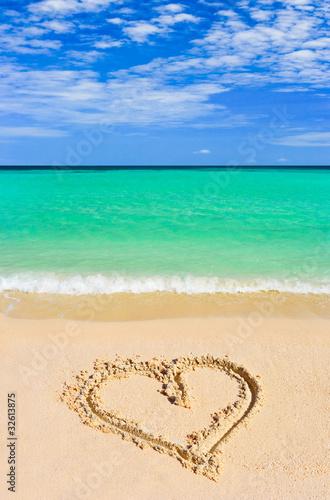 einzelne bedruckte Lamellen - Drawing heart on beach (von Nikolai Sorokin)