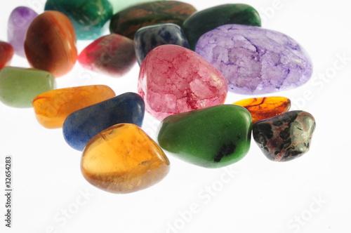 kamienie-szlachetne-kolrowe-klejnoty
