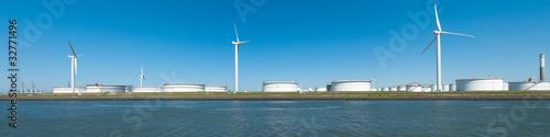 Foto op Plexiglas Molens oil tanks