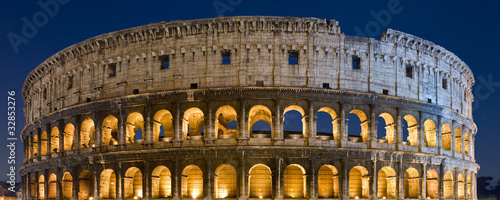 Fotografía Colosseo notturno, Roma