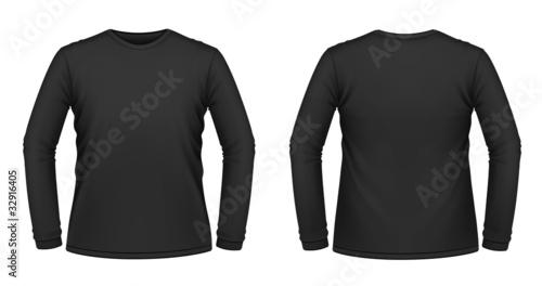 Black long-sleeved T-shirt