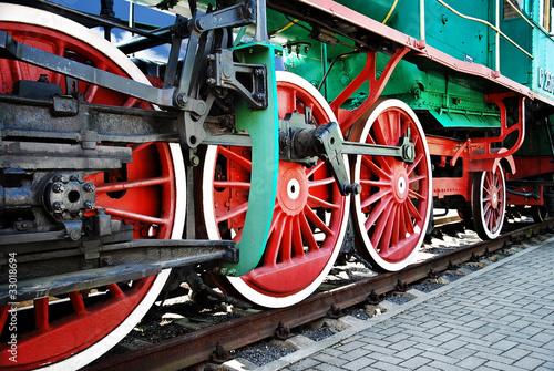 kola-lokomotywy-parowe-z-bliska
