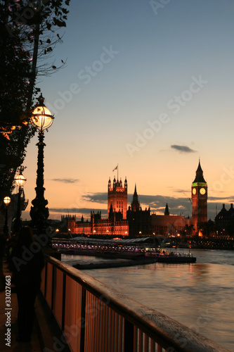 Westminster at dusk Wallpaper Mural