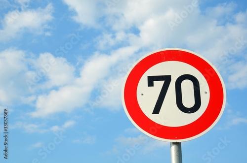 "Photographie  Verkehrsschild ""70"""