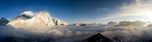 Panorama Of Everst And Nuptse ...