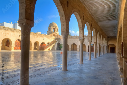 Spoed Foto op Canvas Tunesië Courtyard of the Great Mosque in Sousse