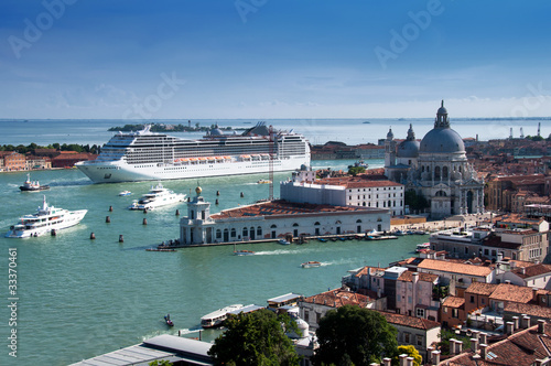 Poster Venetie Stock Photo: Cruise ship in Venice