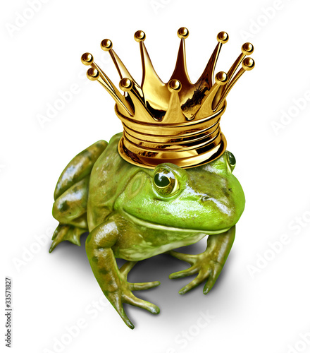 Valokuva Frog prince with gold crown