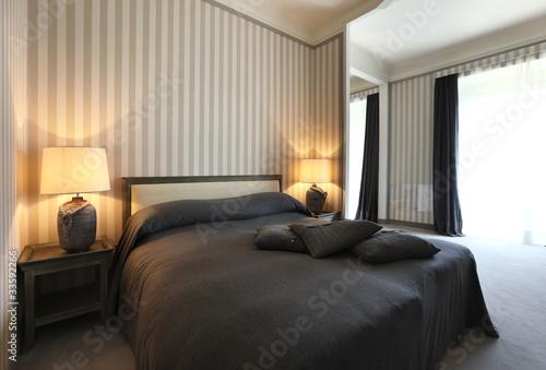 camera da letto lussuosa - Buy this stock photo and explore ...
