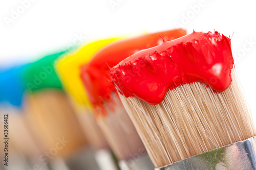 Fotografía  Pinceaux peintures multicolores