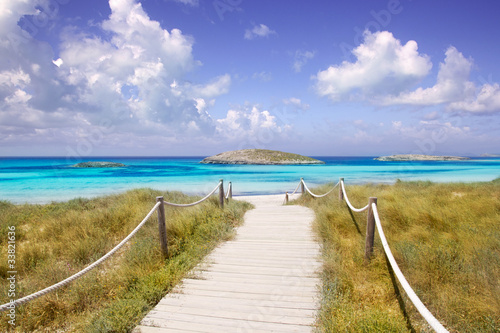 Fototapeta molo  beach-way-to-illetas-paradise-beach-formentera
