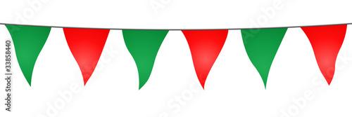 Valokuva  Guirlande de fanions verts et rouges