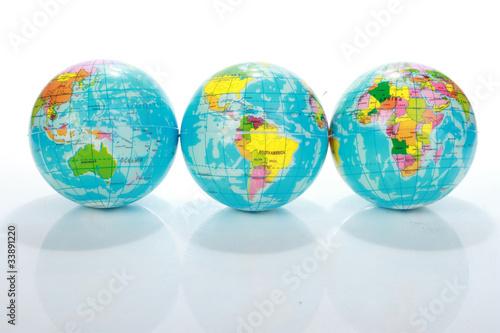 Obraz w ramie World Globe Maps isolated on white