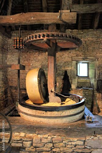 Fényképezés  moulin à huile de noix