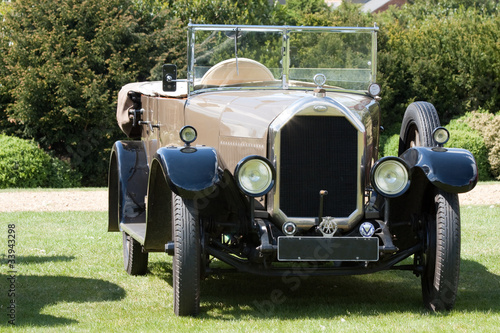 Photo Stands Old cars Antique luxury classic car
