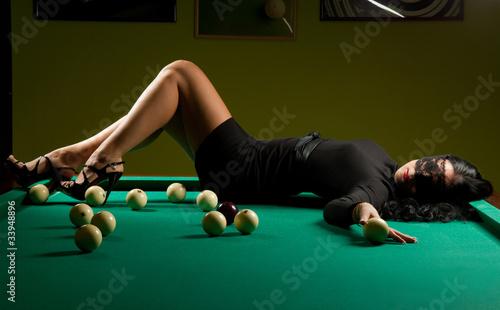 woman in the billiard club Poster Mural XXL