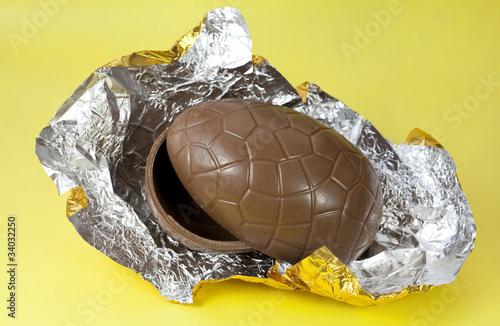 Fotografia, Obraz  Chocolate Easter Egg Shells