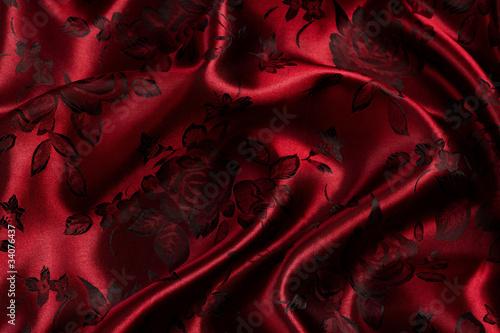 czerwone-satynowe-tlo