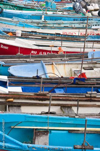 Garden Poster Water Motor sports barques, port de pêche de Sainte Rose, île de la Réunion