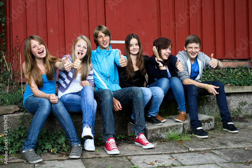 7.11 teenager vor de Hütte