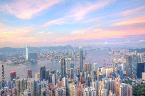 Foto auf AluDibond Hongkong Hong Kong at sunset time with many office buildings