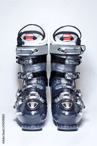 Foto op Aluminium Fietsen Modern professional ski boots on white background