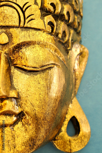Foto auf Acrylglas Zen Beautiful Gold Buddha's Head Mask