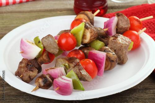 Spoed Foto op Canvas Voorgerecht Beef and Vegetable Kabobs