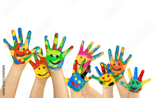 Foto  Viele bemalte bunte Kinderhände