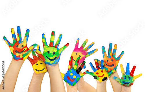 Fotografija  viele bemalte bunte Kinderhände