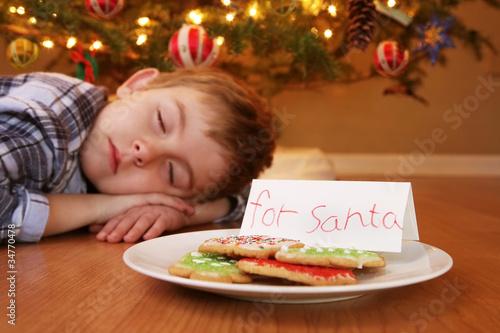 Fotografía  Sleeping boy waiting for Santa