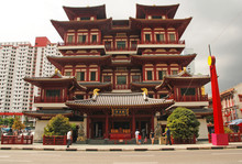 Singapore, Chinatown, Buddha Tooth Relic Temple