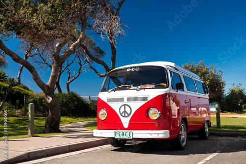 Plakaty motoryzacja   czerwony-combi-van