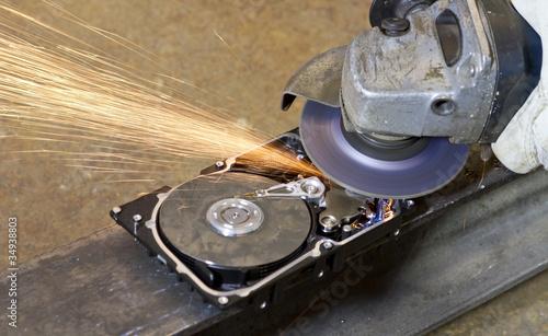 Valokuvatapetti angular grinder cleaning data from hard drive