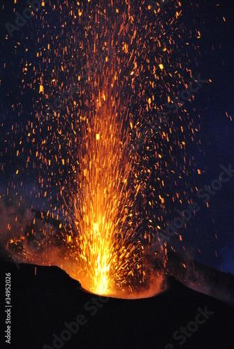 Fotografie, Obraz  volcano erupting