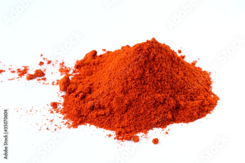 Fotografía Food spice pile of red ground Paprika