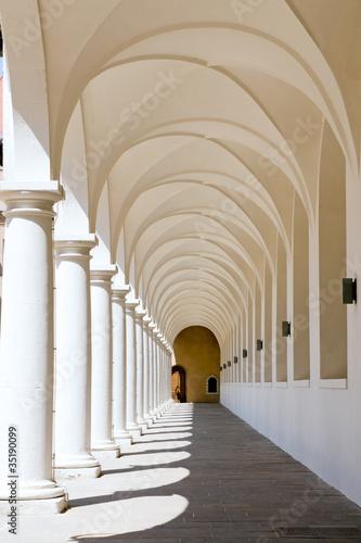 kolumnada-w-stallhof-w-dreznie