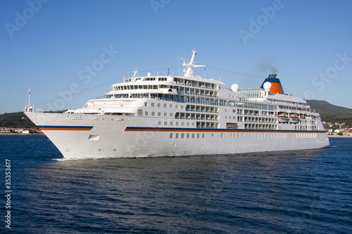 Fotografie, Obraz  cruise ship by sea, travel and transportation