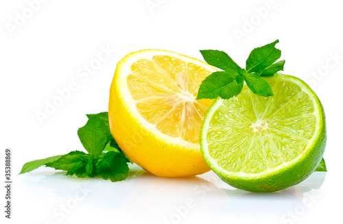 Fototapeta fresh lime, lemon and mint isolated on white obraz