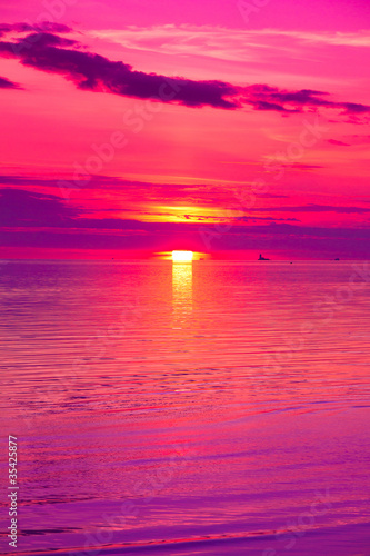 Fotobehang Roze Twilight Panorama Beach