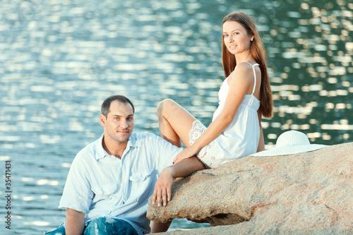 Poster Artist KB Couple