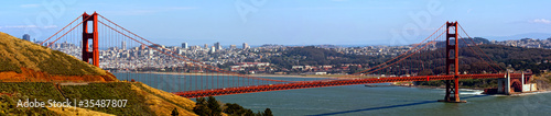 Photo sur Toile San Francisco golden gate bridge und skyline