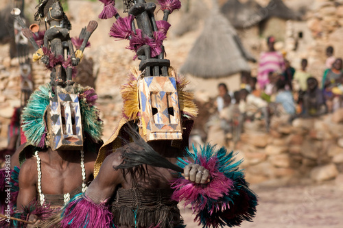 Fotomural Satibe mask and the Dogon dance, Mali.