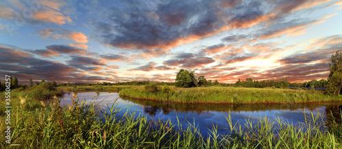 Poster de jardin Rivière de la forêt Decline over the river Berezina, Belarus