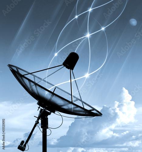 Fotografía  Satellite dish transfer data - cyan tone