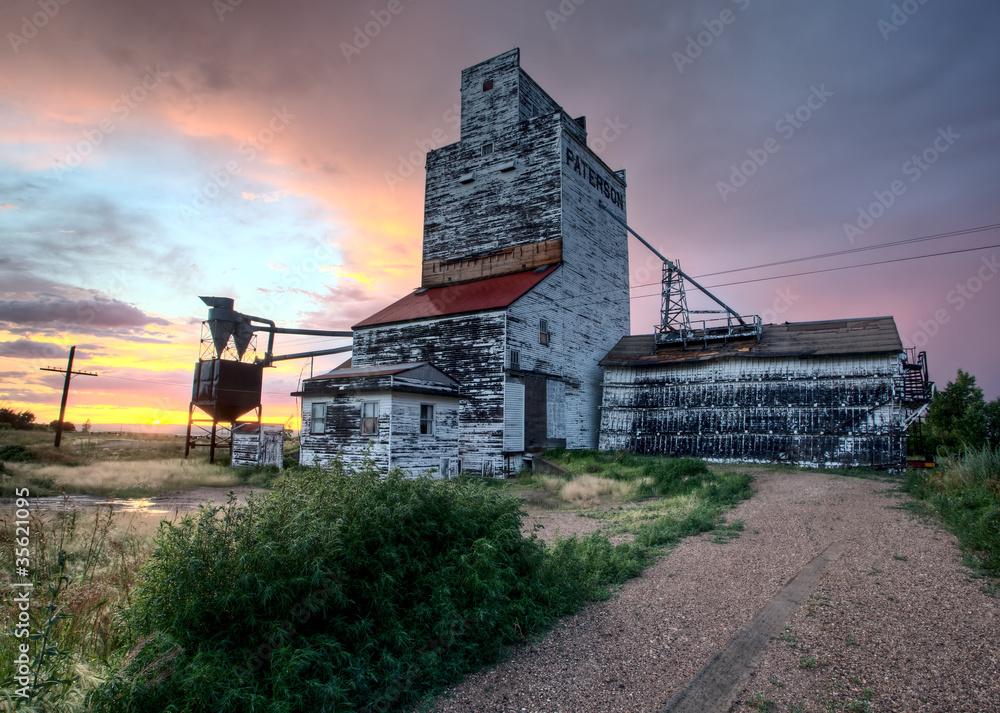 Fototapety, obrazy: Grain Elevator Saskatchewan